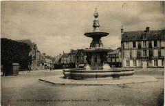 Bayeux - La fontaine et la Place Saint-Patrice 14 Bayeux