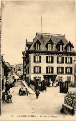 Arromanches - La Rue de Bayeux 14 Bayeux