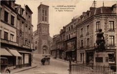 Conde-sur-Noireau - Place Dumont-d'Urville et Eglise Saint-Sauveur - Urville
