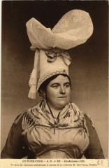 Coutances - Femme - Folklore - Type - Coutances