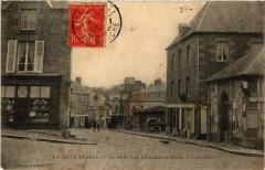 La Haye-Pesnel - La Halle aux Bouchers et Route d'Avranches - La Haye-Pesnel