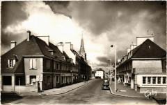 Periers - Rue de Saint-Lo - Périers