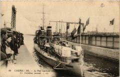 Cherbourg - Le Pont Tournant Ouvert - Un Torpilleur Passant - Ver