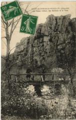 Saint-Georges de Rouelley-La Fesse Arthur les Rochers et le Pont - Saint-Georges-de-Rouelley