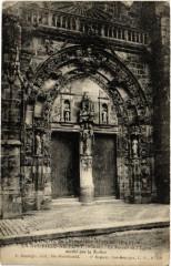 La Neuville-au-Pont Le Portail de l'Eglise - La Neuville-au-Pont