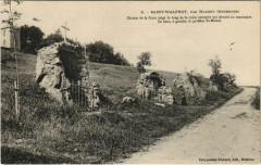 Saint-WALFROY, par Margut - Chemin de la Croix erige le long de la - Margut