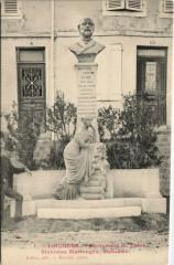 Vouziers - Monument H. Taine - Vouziers