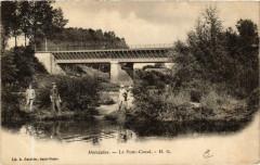 Moeslains Le Pont-Canal - Moëslains