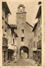 Villecomtal - La Porte de l'Horloge - Villecomtal