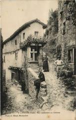 Penne Rue Conduisant au Chateau - Penne