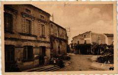 Escoussens - Place de la Mairie - Escoussens