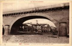 La Haute-Garonne - Cazeres - La Ville vue sous une Arche du Pont - Cazères