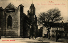 Le Lot - Martel - Place de la Rhode et L'Eglise - Martel