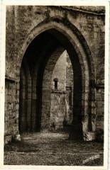 Martel - Eglise Saint-Maur - Le Porche - Martel