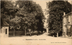 Escatalens (T.-et-G.) - Grande Allée - Escatalens