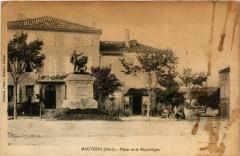 Mauvezin - Place de la République - Mauvezin