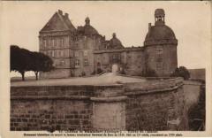 Chateau de Hautefort - Entree du Chateau - Hautefort