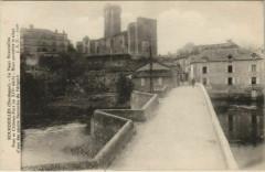 Bourdeilles - Pont et Chateau-Fort - Bourdeilles
