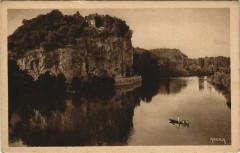 Les Falaises pres Vitrac - Vallee de la Dordogne - Vitrac