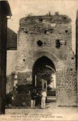 Lalinde - Porte de la Ville Construite en Briques (XIIIs - Lalinde