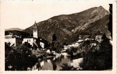 Saint-Etienne de Baigorry - L'Eglise et la Noureppe - Saint-Étienne-de-Baïgorry