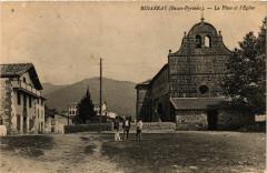 Bidarray - La Place et l'Eglise - Bidarray