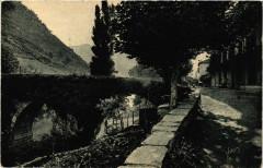 Bidarray Le Vieux Pont en dos d'ane sur la Nive - Bidarray