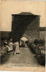 Gan - Vieile Porte - Gan