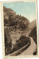 Vallée d'Aspe - Urdos - La route et le fort de Portalet - Urdos