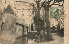 Margaux-Cantenac - Chateau d'Issan - Vue des Douves - Margaux-Cantenac