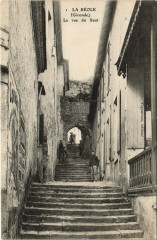La Reole-La rue du Saut - La Réole
