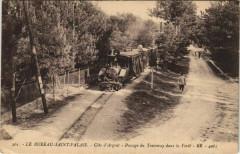Le Bureau Saint-Palais-Cote d'Argent-Passage du Tramway dans la Foret - Saint-Palais