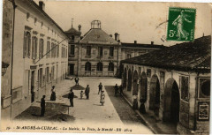Saint-Andre-de-Cubzac - La Mairie la Poste le Marché - Saint-André-de-Cubzac