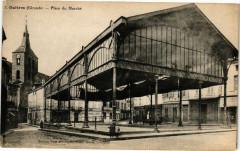 Guitres-Place du Marché - Guîtres