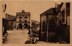 Penne-D'AGENais - Place de la Mairie - Penne-d'Agenais