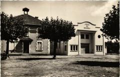 Sabres - La Salle des Fetes - Landes - Sabres