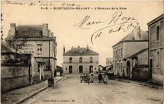 Montreuil-Bellay L'Avenue de la Gare - Montreuil-Bellay