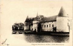 Ecuille Chateau du Plessis-Bourre coté Nord - Écuillé