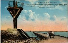 Barbatre - Ile-de-Noirmoutier - Le Gois a Marée Basse - Barbâtre