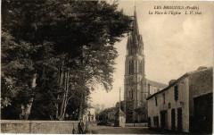 Les Brouzils - La Place de l'Eglise - Les Brouzils