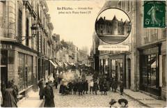 La Fleche - Grande Rue prise de la Place Henri Iv - La Flèche