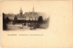La Fleche - Le Prytanée - Une partie du parc - La Flèche