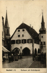 Benfeld i. E. - Rathaus mit Schlossgasse - Benfeld