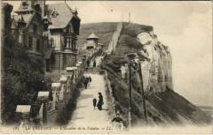 Le Treport - L'Escalier de la Falaise - Le Tréport