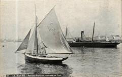 Ed. Aqua 24 Le Havre Barque de peche rentrant au Port 76 Le Havre