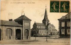 Saint-Laurent en Caux-Place de l'Eglise - Saint-Laurent-en-Caux