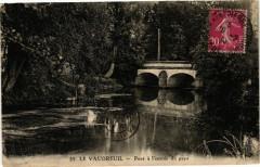 Le Vaudreuil - Pont a l'entrée du pays - Le Vaudreuil