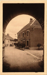 Nozeroy Rue du faubourg et entrée principale - Nozeroy