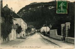 Beure - Grande Rue et Rochers d'Arguel - Beure