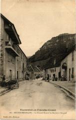 Beure-Besancon - La Grande Rue et les Rochers d'Arguel - Beure